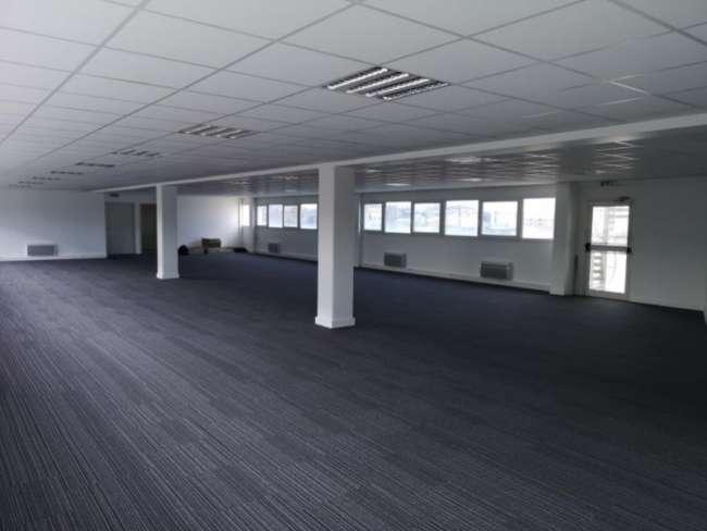Plateau de bureaux LE MANS
